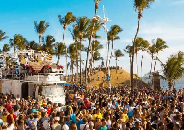 Quanto custa viajar para Salvador