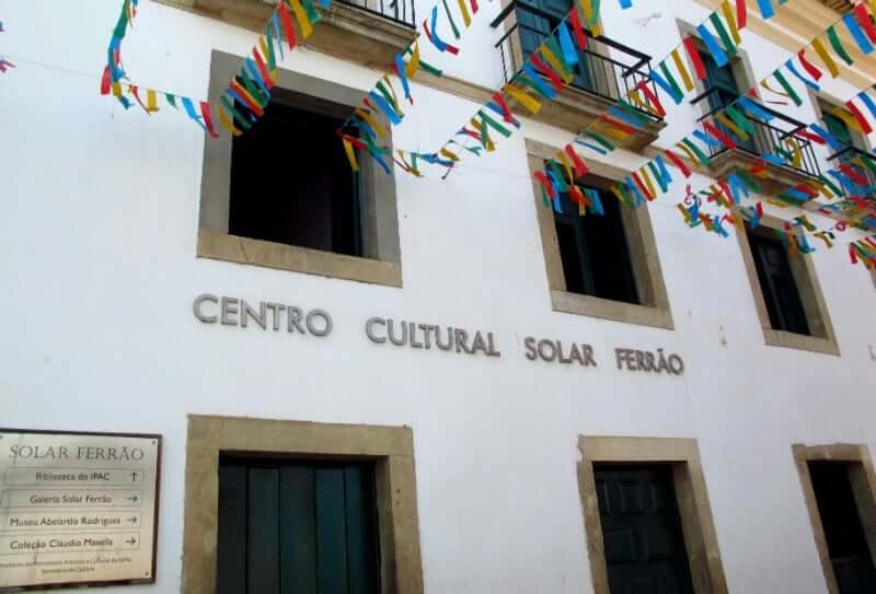 Centro Cultural Solar do Ferrão em Salvador: