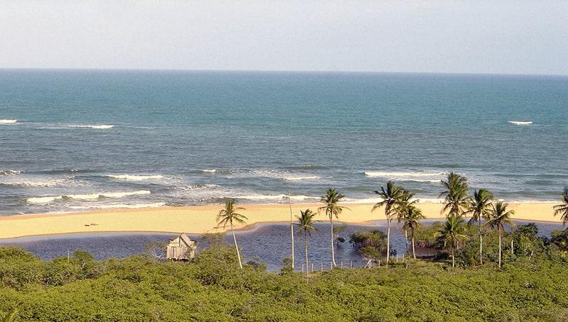 Vista da praia de Trancoso em Porto Seguro