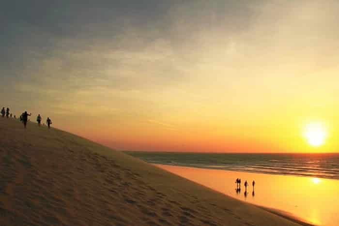 Pôr do sol em dunas de Jericoacoara