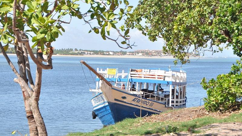 Barco em Maceió